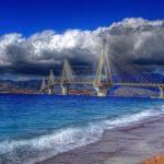 Tι «κρύβεται» κάτω από τη Γέφυρα Ρίου-Αντιρρίου; (video)
