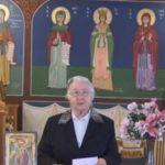 Η κυρία Ουρανία και το savoir faire στην εκκλησία!