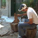 Ο αυτοδίδακτος γλύπτης από το Βάλτο και τα έργα τέχνης του!