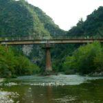Ο Εύηνος από τη γέφυρα του Πόρου