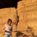 Η 25χρονη κτηνοτρόφος από την Στράτο που έφτιαξε φάρμα και συμβουλεύει νέους αγρότες