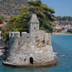 Ο φάρος της Ναυπάκτου στους 10 ομορφότερους της Ελλάδας