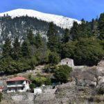 Ο νοσταλγικός οικισμός Λαδικού στο Χαλίκι του ορεινού Θέρμου