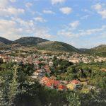 Μοναστηράκι: Ένα παραμυθένιο χωριό στη Βόνιτσα «βουτηγμένο» στη φύση!