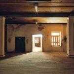 Σκιές και φως στον «Παπαστράτο» στο Αγρίνιο