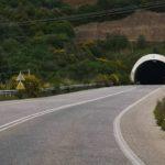 «Φως στο τούνελ» της Παραϊόνιας οδού αναζητούν οι κάτοικοι της περιοχής