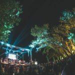 Το Lake Party ξαναχτυπά με Πυξ Λαξ και Έλενα Παπαρίζου στη λίμνη Τριχωνίδα
