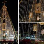 «Άναψε» το εντυπωσιακό Χριστουγεννιάτικο δέντρο στο Μεσολόγγι