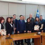 Ο Δήμος Αγρινίου βράβευσε τις πιο όμορφες εορταστικές βιτρίνες της πόλης