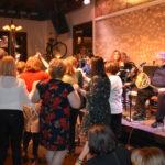 Οι Αμφιλοχιώτες της Αττικής χόρεψαν και γλέντησαν στον ετήσιο χορό τους