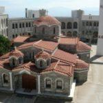 Κεκλεισμένων των θυρών οι ιερές ακολουθίες στα μοναστήρια του Τρικόρφου Φωκίδος