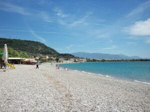 Δήμος Ναυπακτίας: Γιατί η παραλία Ψανή έμεινε χωρίς «Γαλάζια Σημαία»