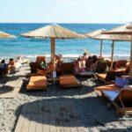 ΚΥΑ: Πως θα στηθούν ξαπλώστρες και ομπρέλες στις παραλίες