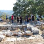 Με μεγάλη επιτυχία ο περίπατος στο κάστρο των Αρχαίων Κορόντων στη Χρυσοβίτσα
