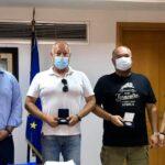 Ο Δήμαρχος Ναυπακτίας τίμησε τον Καπετάνιο και τον Μηχανικό του ferry boat που διέσωσαν το κοριτσάκι στο Αντίρριο