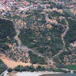 Η επιβλητική αρχαία Μητρόπολη στην Παλαιομάνινα εκπέμπει, ματαίως, S.O.S.!