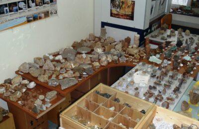 Το μικρό Μουσείο Ορυκτών και Απολιθωμάτων του 3ου Γενικού Λυκείου Αγρινίου