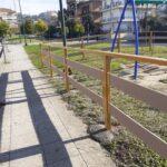 Εργασίες στην παιδική χαρά στην πλατεία Άρη Βελουχιώτη στο Αγρίνιο