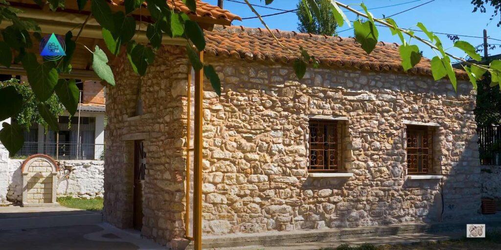 Το εκκλησάκι του Αγίου Νικολάου στη Δογρή Αγρινίου