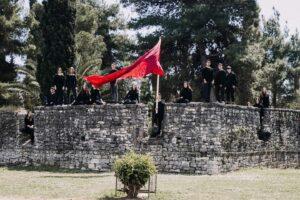 «Με αρετήν και τόλμην…», οι μαθητές του 2ου Γυμνασίου Μεσολογγίου τιμούν τα 200 χρόνια από την Επανάσταση