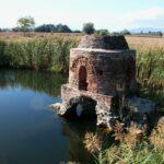 Ο μισοβυθισμένος Βυζαντινός Ιερός Ναός της Αγίας Τριάδας του Μαύρικα