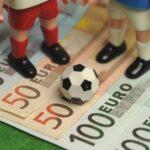 Ποδόσφαιρο: Κλωτσοσκούφι των άπληστων και αλαζόνων;