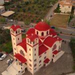 Αγία Βαρβάρα Αγρινίου: Από το παρεκκλήσι του '50 στον πανέμορφο ναό του σήμερα (vid)