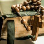 Οι διαφορές μεταξύ της online και offline θρησκευτικής έκφρασης