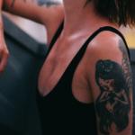 Λειτουργεί η αφαίρεση τατουάζ με λέιζερ και είναι επικίνδυνο;