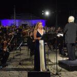 Η εμβληματική συναυλία «Ύμνος εις την ελευθερία» καθήλωσε το κοινό στον Κήπο των Ηρώων