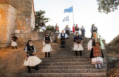 Το Αγγελόκαστρο τίμησε με υπερηφάνεια τα 200 χρόνια Λευτεριάς στο Βυζαντινό Κάστρο